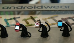 Google Will launch Android Wear 2.0 –Smartwatches